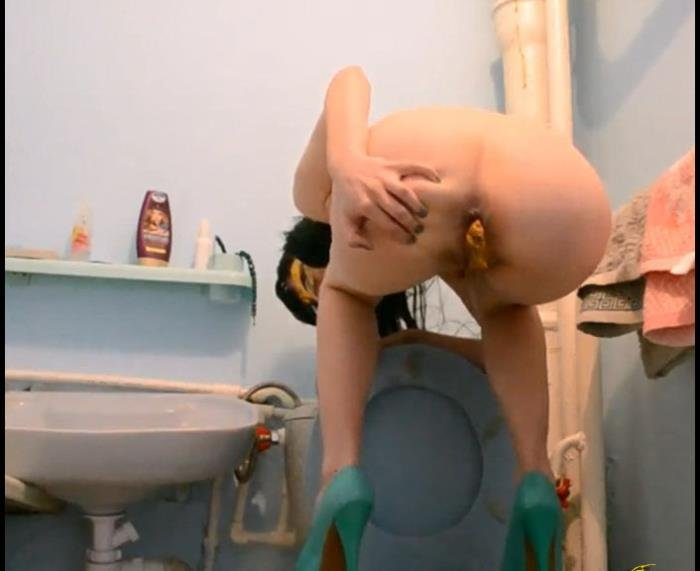 Fernanda Scat (My Piss And Scat On The Toilet - FullHD 1080p) [mp4 / 446 MB]