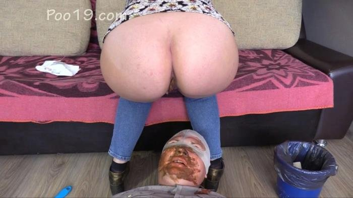 MilanaSmelly (Higher humiliation 2 - HD 720p) [mp4 / 1.54 GB]