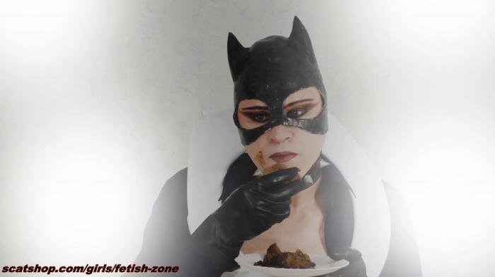 Fetish-zone (Catwoman smears and swallows - FullHD 1080p) [mp4 / 1.56 GB]
