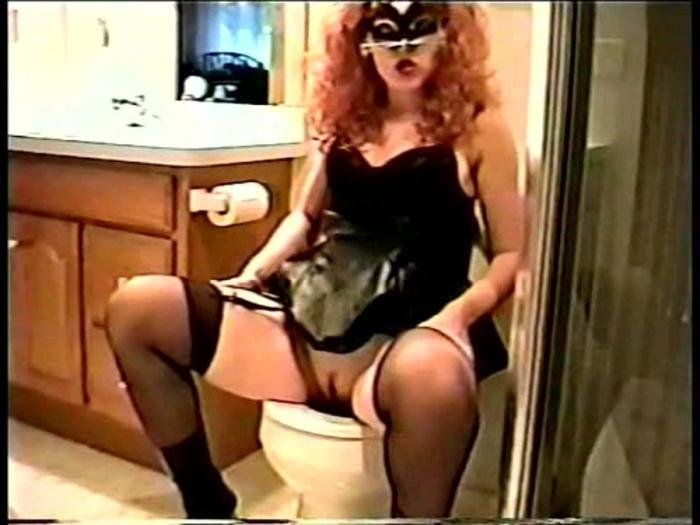 Nina (Nasty ScatNina Gets Scatting - DVDRip) [wmv / 467 MB]