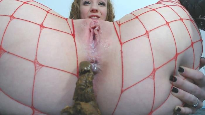 Spankmepink (Mistress has a present for you - FullHD 1080p) [mp4 / 862 MB]