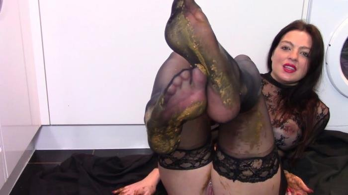 evamarie88 (Leather Boot Scat Worship - FullHD 1080p) [mp4 / 1.49 GB]