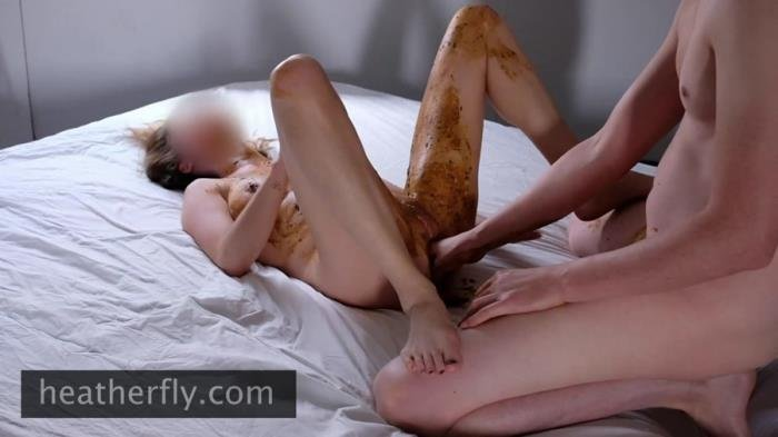 Heatherfly (Crazy smearing, scat blowjob and pissing - FullHD 1080p) [mp4 / 233 MB]