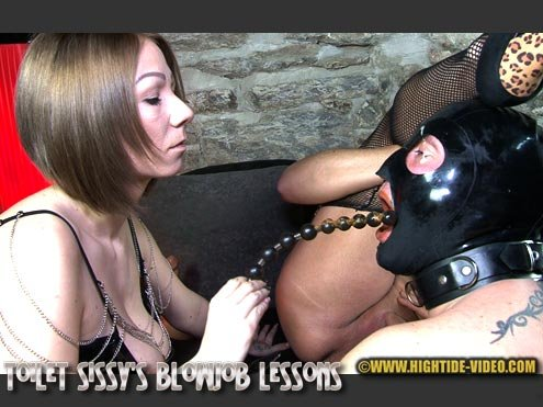Miss Naomi, Miss Pia, 2 sissy slaves (TOILET SISSY'S BLOWJOB LESSONS - HD 720p) [mp4 / 1.10 GB]